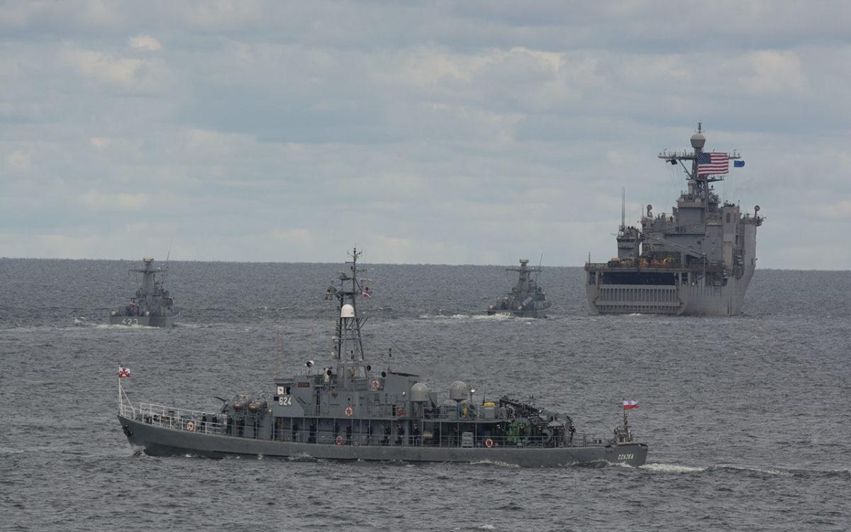 Święto Marynarki Wojennej – fotorelacja z parady morskiej 12