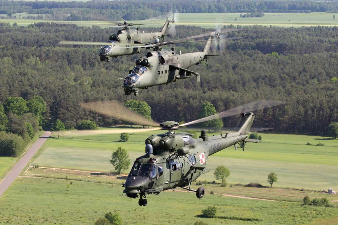 W polskich warunkach w ugrupowaniu CSAR Mi-24 pelnia role eskorty smiglowcowej (RW RESCORT – Rotary Wing Rescort) a W-3PL Gluszec role maszyn ratowniczych (RV – Rescue Vehicle).