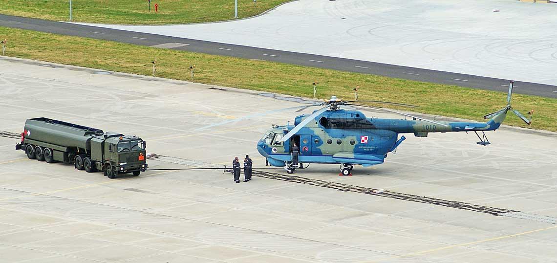 Ewentualny zakup nastepcow SH-2G Super Seasprite nie konczy problemow Brygady Lotnictwa Marynarki Wojennej, gdyz caly czas nastepcy pilnie potrzebuja bazujace na ladzie smiglowce Mi-14PL i PL/R.