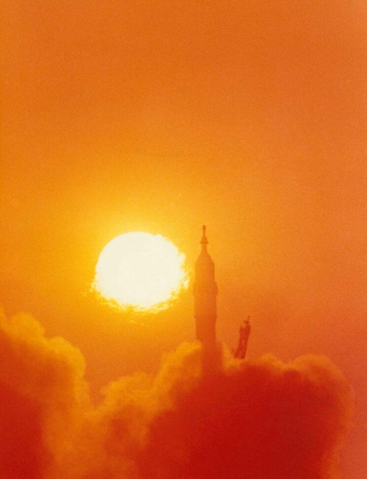 Pierwszy Polak wyrusza na orbitę.