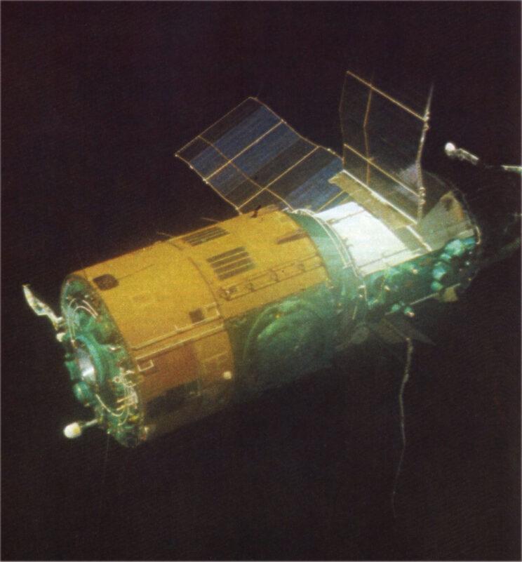 Stacja orbitalna Salut-6.
