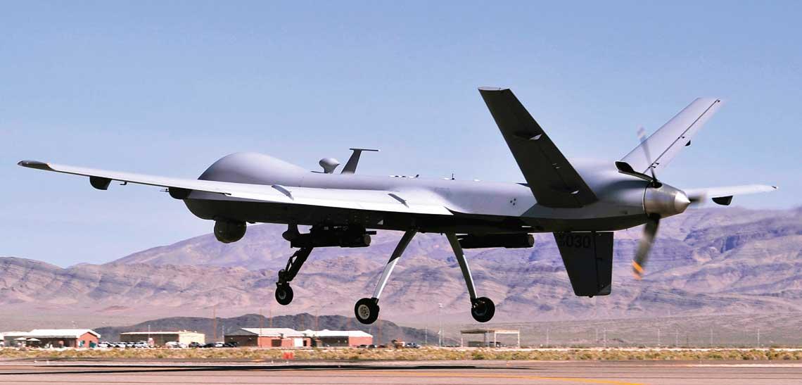 Dzis trudno sobie wyobrazic jakakolwiek amerykanska operacje bojowa bez zaangazowania w niej samolotow bezzalogowych, ktore bardzo dobrze radza sobie w konfliktach asymetrycznych. Foto: USAF