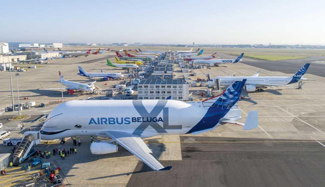 Centrum prob i odbioru samolotow Airbusa na francuskim lotnisku Tuluza-Blagnac.  Fot. Airbus