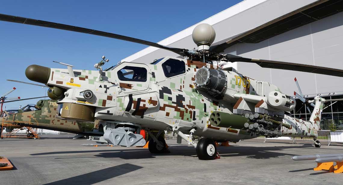 Zmodernizowany Mi-28NE, wersja posrednia miedzy N i NM, ma komplet wyposazenia z radarem nad wirnikiem nosnym, system  samoobrony w owiewkach na koncach skrzydla oraz nowe filtry przeciwpylowe na wlotach powietrza.