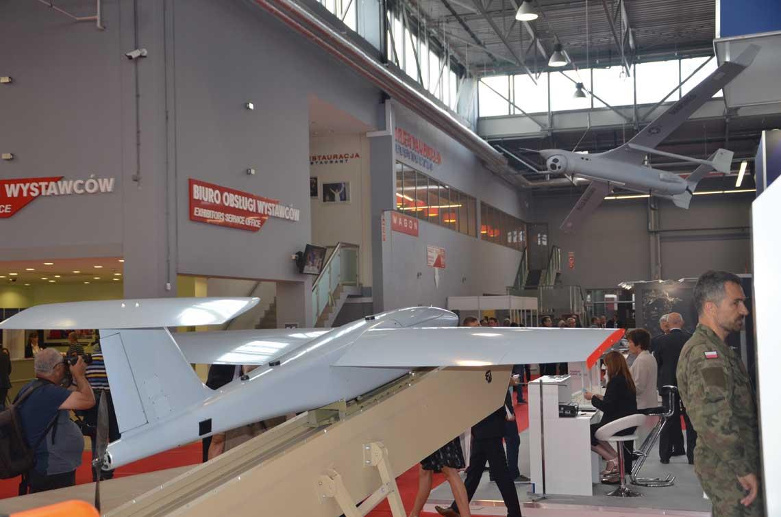 Typhoon to oferta konsorcjum spolek Airbus, BAE Systems i Leonardo dla polskiego lotnictwa wojskowego w ramach programu Harpia dla zastapienia samolotow mysliwskich MiG-29 i mysliwsko-bombowych Su-22.