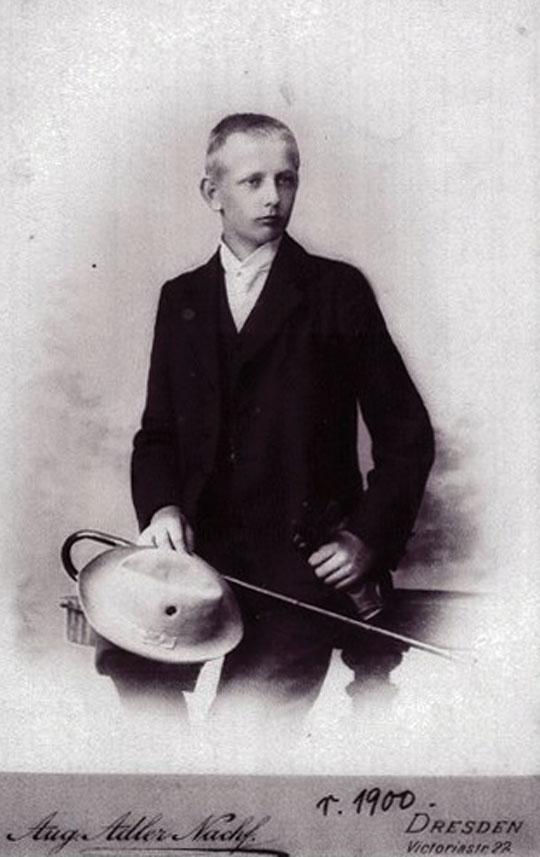Szesnastoletni Józef Unrug. Zdjęcie zostało wykonane w Dreźnie w 1900 r. Fot. zbiory Mariusza Borowiaka