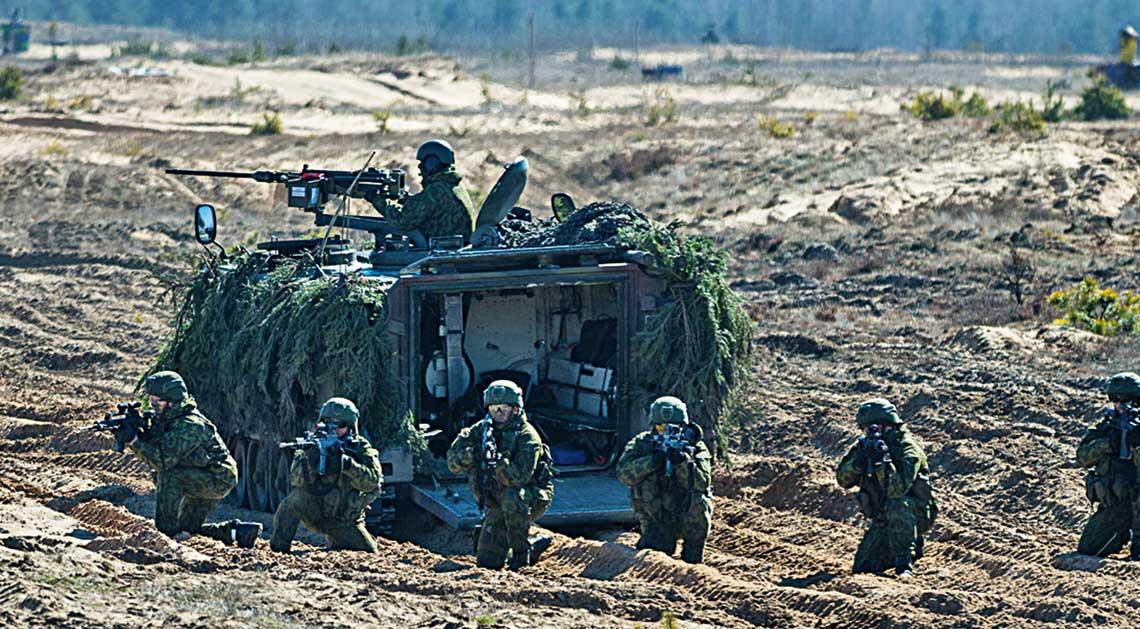 Druzyna brygady Geležinis Vilkas w pelnej krasie. Juz od przyszlego roku zolnierze tej najlepszej litewskiej jednostki bada otrzymywali bojowe wozy piechoty Vilkas, ktore zastapia przynajmniej czesc jej wysluzonych transporterow M113.