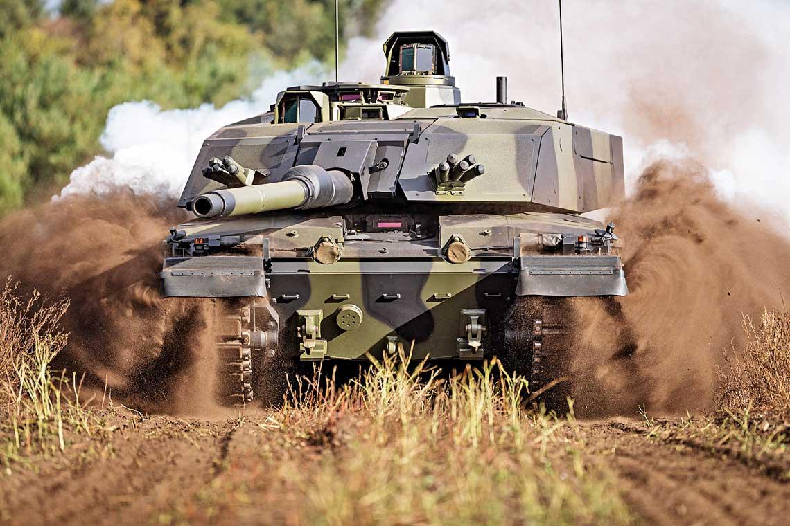 Jednym znajnowszych przejawow niemieckiej aktywnosci na brytyjskim rynku zbrojeniowym jest propozycja modernizacji czolgu Challenger2 wramach programu LEP, opracowana przez Rheinmetall Defence.