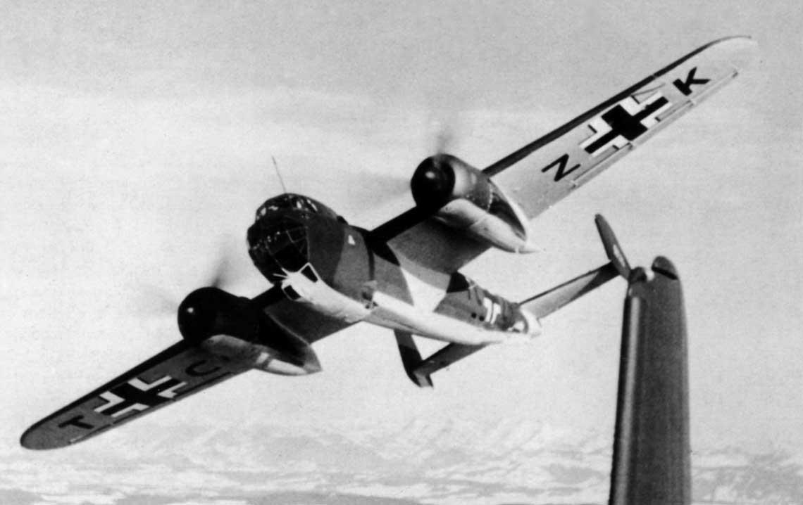 Dornier Do 217 E-1, W.Nr. 1037, TC+ZK podczas prob fabrycznych wiosna 1941 r.