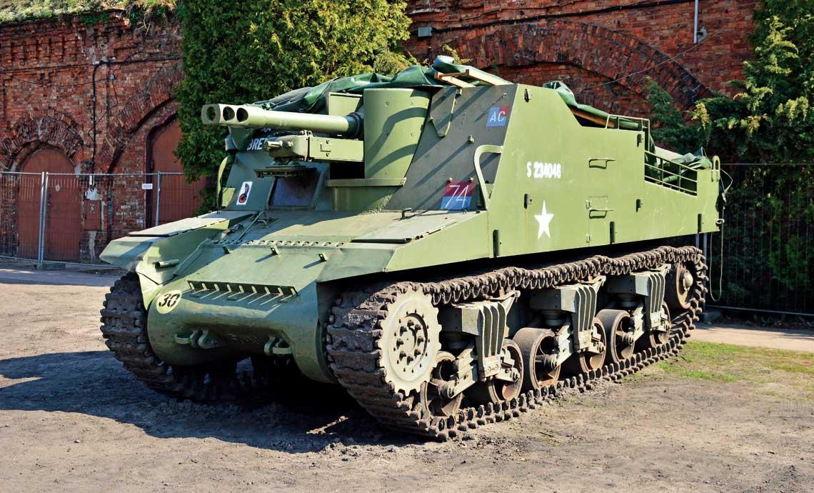 Działo samobieżne Sexton II w barwach 1. Pułku Artylerii Motorowej 1. Dywizji Pancernej Polskich Sił Zbrojnych naZachodzie w zbiorach Muzeum Polskiej Techniki Wojskowej wWarszawie.