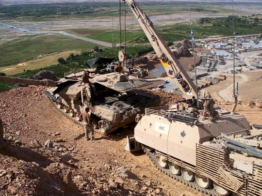 Kanadyjski ARV3 Buffalo to przykład jednej z najnowszych modyfikacji Bergepanzera 3, która otrzymała system dodatkowych osłon balistycznych i przeciwminowych. Wozy te przeszły chrzest bojowy w Afganistanie.