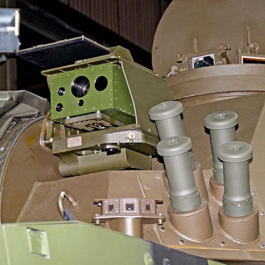 W seryjnych moździerzach M120K głowica ZIG-T-2 systemu celowniczego CM120 otrzymała zmodyfikowany układ optyczny i osłonę, chroniącą go w czasie, gdy nie jest wykorzystywana.