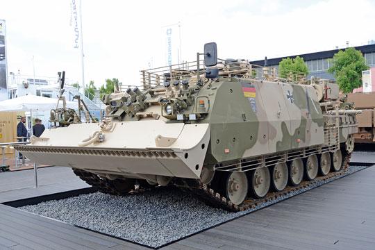 Bergepanzer 3A1 to najnowsza wersja BPz dla Bundeswehry. Zamontowano na niej dodatkowy pancerz przedziału załogi, pancerz listwowy i system osłon przeciwminowych dna i układu jezdnego. Analogiczne osłony może otrzymać także WZT-5.