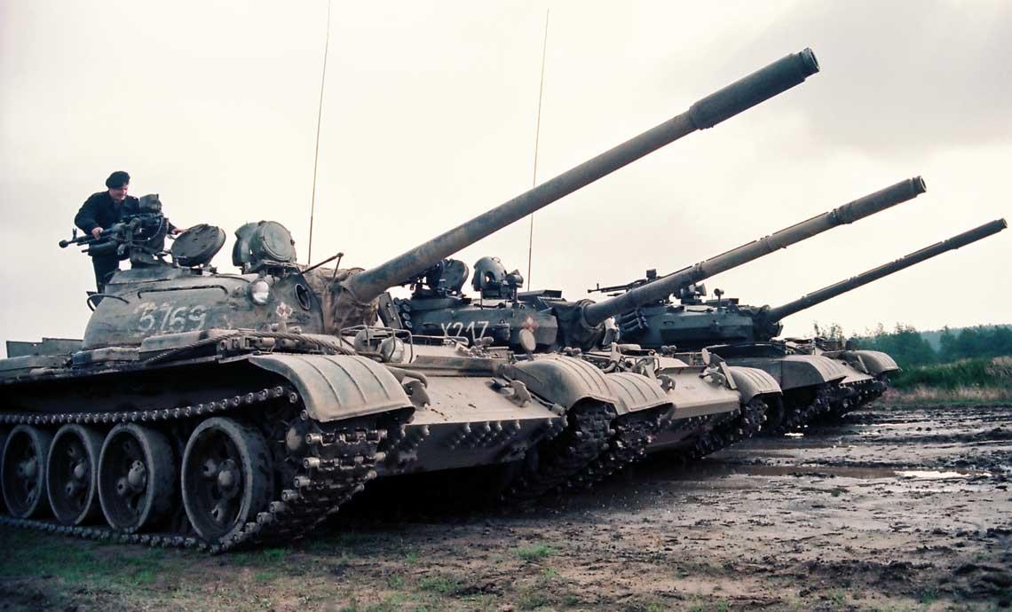 Broń pancerna w drugiej pięciolatce lat osiemdziesiątych w Siłach Zbrojnych PRL była w dalszym ciągu jednym z priorytetów rozwoju wojsk lądowych.