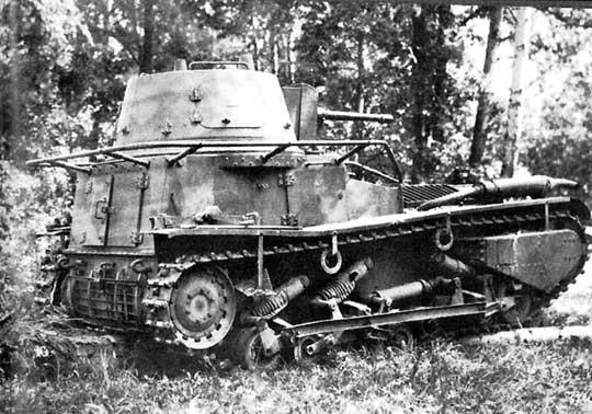 Na zdjęciu przygotowany przez Kruppa. Obie firmy wzorowały się na niemieckim czołgu lekkim LK II (1918 r.), który planowano produkować seryjnie.