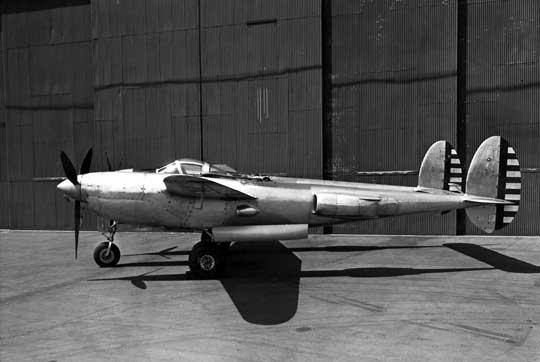 W porównaniu z Lightningiem XP-49 był cięższy, miał dłuższe gondole silnikowe i wyższe stateczniki pionowe. Uzbrojenie miało składać się z dwóch działek kal. 20 mm i czterech karabinów maszynowych kal. 12,7 mm w nosie centralnej gondoli kadłubowej.