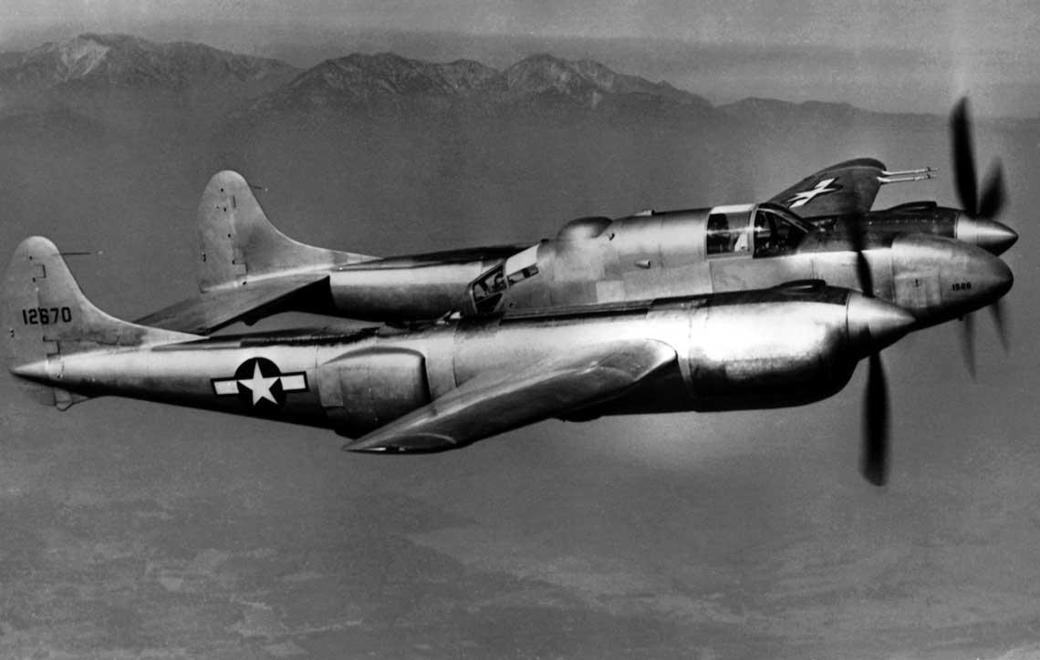 Lockheed XP-58 Chain Lightning był największym i najcięższym amerykańskim samolotem myśliwskim napędzanym silnikami tłokowymi. Podobnie jak kilka innych dwusilnikowych myśliwców skonstruowanych podczas wojny pozostał w prototypie.