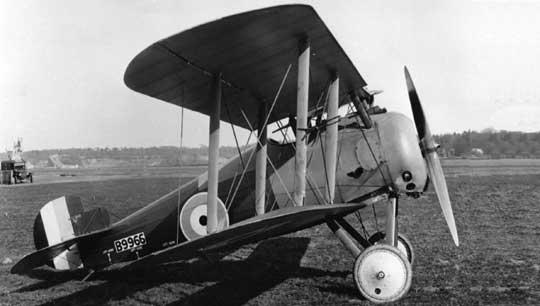 Ostatni z myśliwców napędzanych silnikiem rotacyjnym, wprowadzany do służby w sierpniu 1918r., Sopwith Snipe był podstawowym samolotem myśliwskim Brytyjczyków w pierwszych latach po Wielkiej Wojnie.