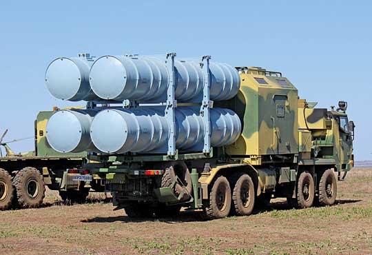 Wyrzutnia USPU-360 wpołożeniu bojowym imarszowym.