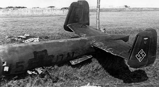Do 217 E-1, W.Nr. 0069, U5+DN z 5./KG 2, który przymusowo wylądował w Lydd w Kent, załoga dostała się do niewoli.