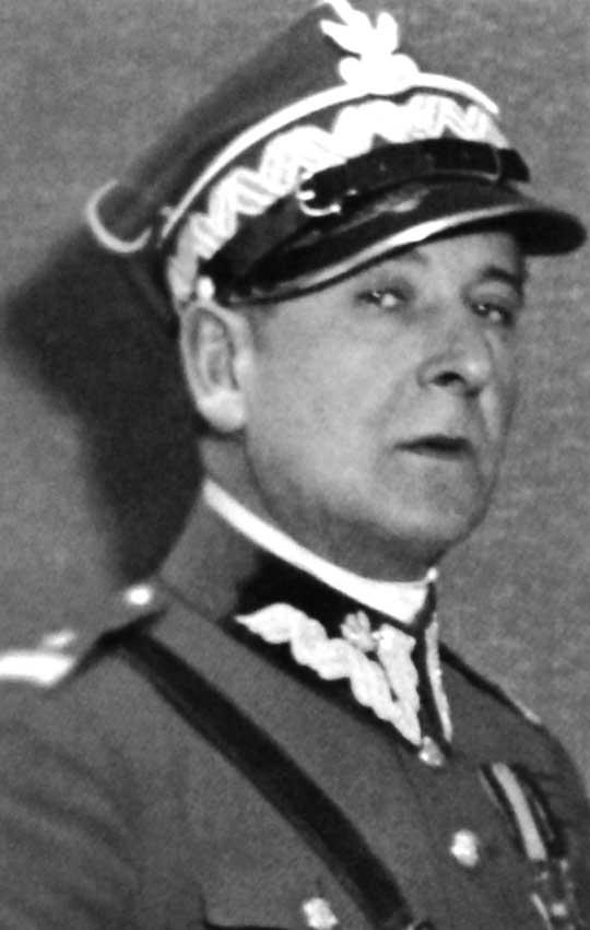10 grudnia 1931 r. prezydent Ignacy Mościcki mianował Wieniawę-Długoszowskiego na generała brygady.