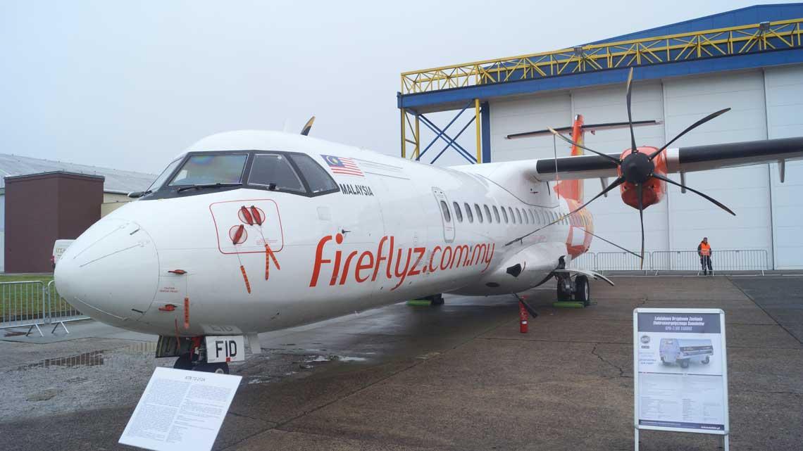Samolot komunikacji regionalnej ATR-72 przygotowany dla przewoźnika w Malezji. Wkrótce WZL nr 2 S.A. ma złożyć dokumenty mające na celu rozszerzenie certyfikatu o możliwość prowadzenia ciężkich obsług samolotów tego producenta.