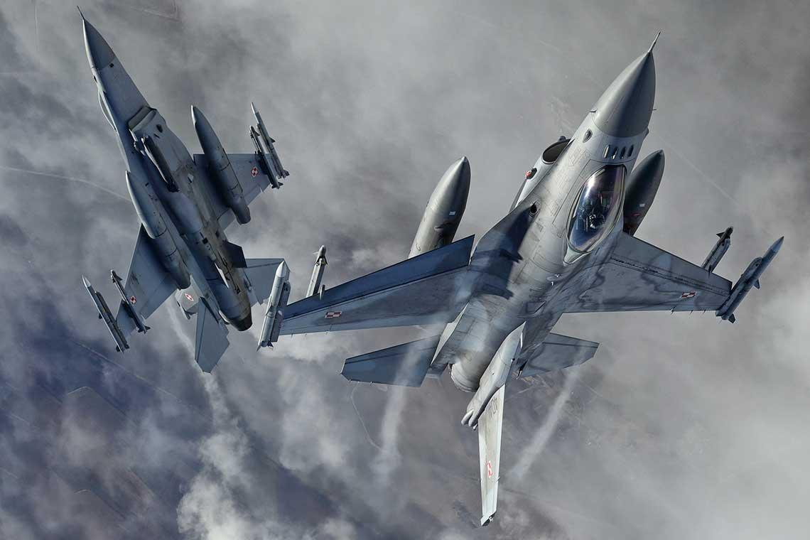 Baltic Air Policing trwa od 2004 r. Trzy państwa bałtyckie wstąpiły wtedy do NATO, a ponieważ nie dysponują własnymi samolotami myśliwskimi, Sojusz Północnoatlantycki postanowił zagwarantować ochronę ich przestrzeni powietrznej.