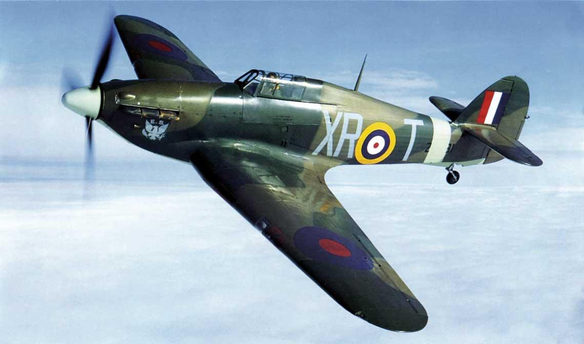 Zbudowany w Kanadzie samolot myśliwski Hurricane XIIA z numerem seryjnym Z7381 skierowano do 71. Dywizjonu RAF złożonego z amerykańskich ochotników. Samolot zachowany współcześnie.