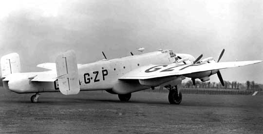 Dwanaście samolotów transportowych Handley Page Halifax C Mk VIII przebudowano na cywilną wersję transportowo-pasażerską Handley Page Halton, zabierającą 10 pasażerów.