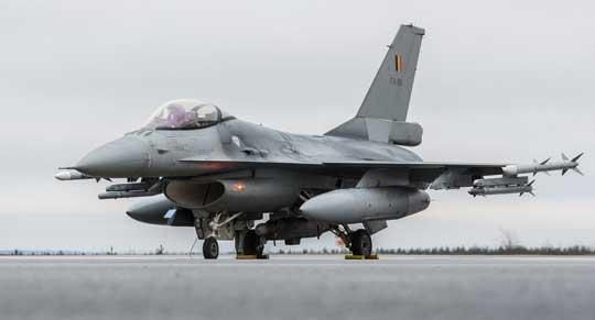 7 czerwca 1975r. Belgia, Dania, Holandia i Norwegia ogłosiły, że zamierzają zakupić 348 samolotów myśliwskich F-16, z opcją zwiększenia tej liczby w miarę potrzeb. Na zdjęciu: F-16A MLU belgijskich sił powietrznych.