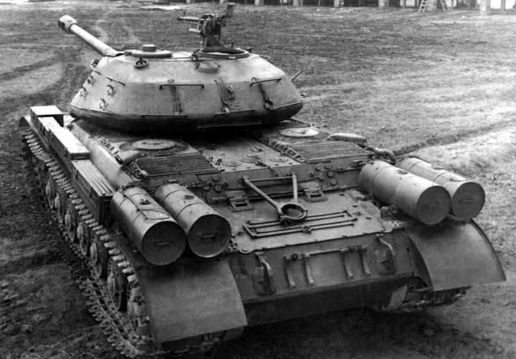 Czołg IS-4 od tyłu