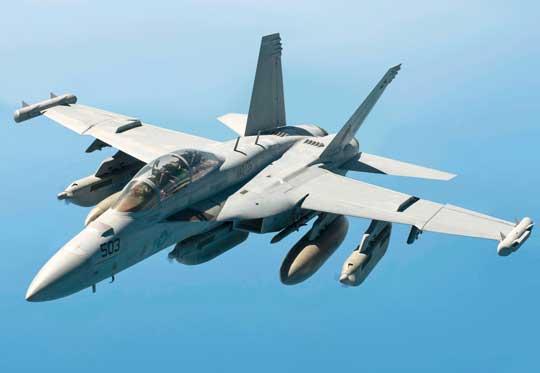 """EA-18G po raz pierwszy został użyty w walce podczas operacji """"Odyssey Dawn"""", wymuszając strefę zakazu lotów nad Libią w 2011 r."""
