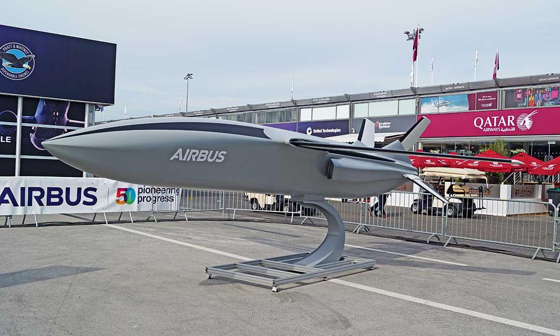 Remote Carrier Airbusa to przykład rozwijania koncepcji współpracy platform załogowych i bezzałogowych, które mają wspierać te pierwsze.