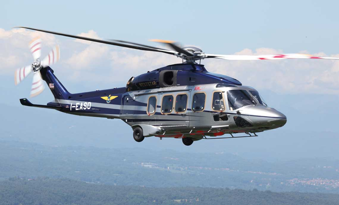 Modele AW139, AW169 i AW189 (na zdjęciu) tworzą rodzinę śmigłowców Leonardo (AWFamily) o zbliżonej konstrukcji i takim samym wyposażeniu kokpitu, różniących się wielkością, pojemnością iudźwigiem.