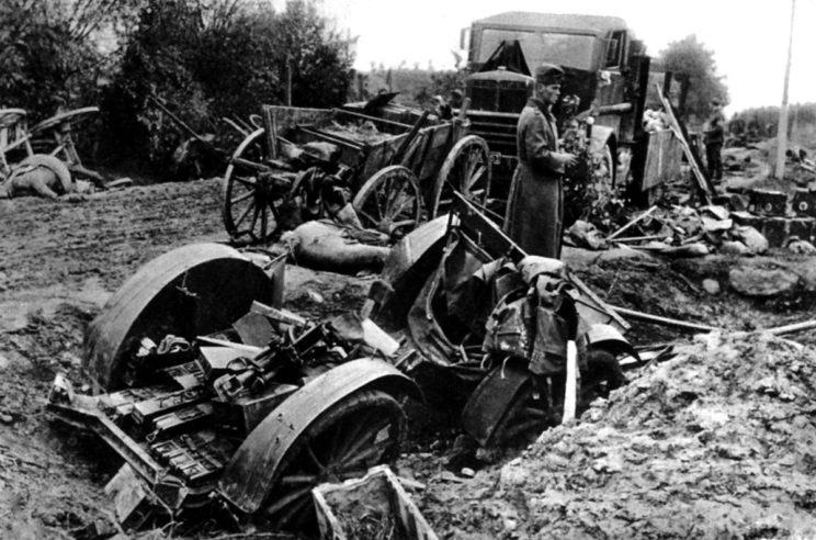 Pozostałości sprzętu 17. Wielkopolskiej Dywizji Piechoty, która przypadkowo starła się z niemiecką 17. Dywizją Piechoty wchodzącą w skład XIII Korpusu Armijnego.