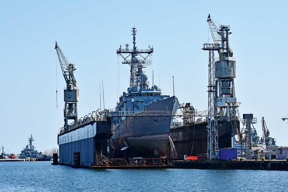 W tym roku PGZ Stocznia Wojenna Sp. z o.o. uzyskała kolejne kontrakty na remonty jednostek Marynarki Wojennej RP – fregaty rakietowej ORP Gen. T. Kościuszko (na zdjęciu) i okrętu hydrograficznego ORP Arctowski.
