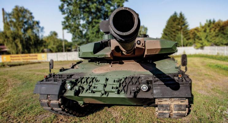Prototypowy czołg Leopard 2PL pokonał w trakcie wojskowych prób odbiorczych ponad 2200 km w bardzo zróżnicowanym terenie.