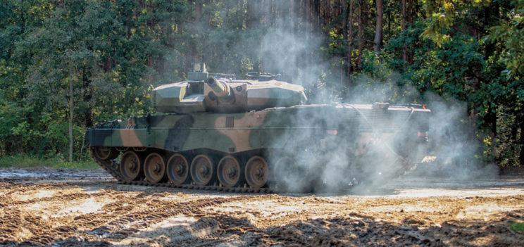 Partnerem strategicznym projektu modernizacji Leopardów 2A4 była firma Rheinmetall Landsysteme.