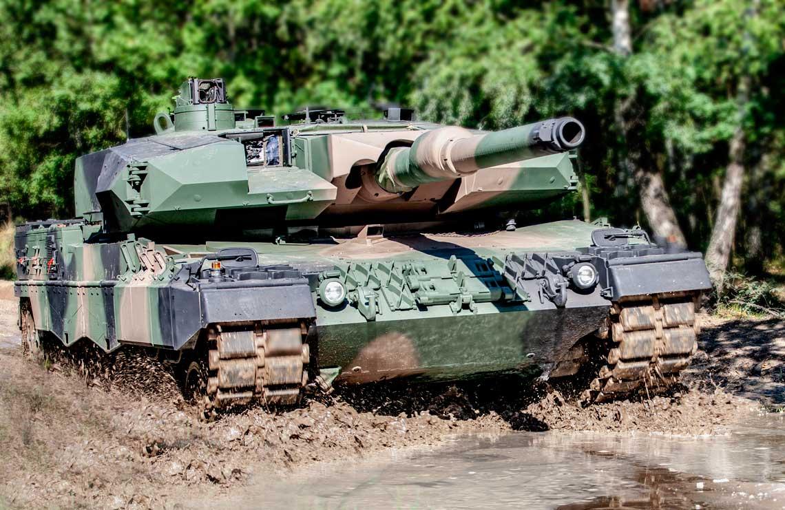 W sierpniu pozytywnie zakończono etap poligonowy wojskowych prób odbiorczych prototypu i egzemplarza testowego czołgu Leopard 2PL.