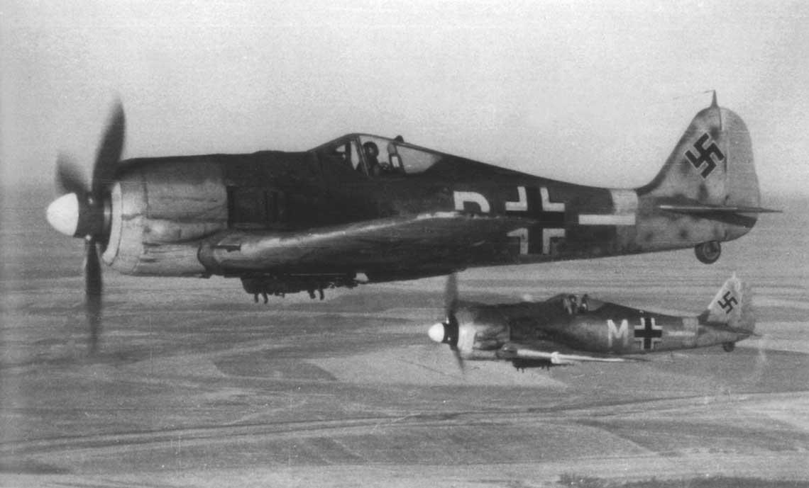 Samoloty Fw 190 F-3 należące do 4./SG 2; Rosja, wiosna 1944 r.
