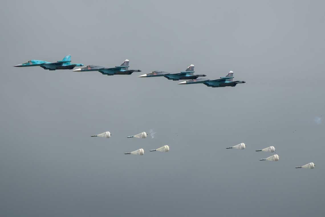 Największy udział w produkcji samolotów w Rosji mają tradycyjnie samoloty bojowe. Rosyjskie siły powietrzne otrzymały w minionym dziesięcioleciu około 100 Su-34 i do 2027 r. dostaną jeszcze około 100 Su-34M.