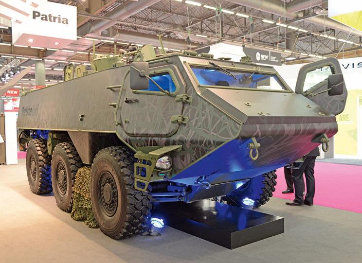Swą premierę transporter Patria 6×6 (AMV 6×6) miał na ubiegłorocznym Eurosatory. Jego twórcy mają nadzieję, że stanie się on m.in. następcą pojazdów BTR-60/-70/-80 w siłach zbrojnych mniej zasobnych kontrahentów.