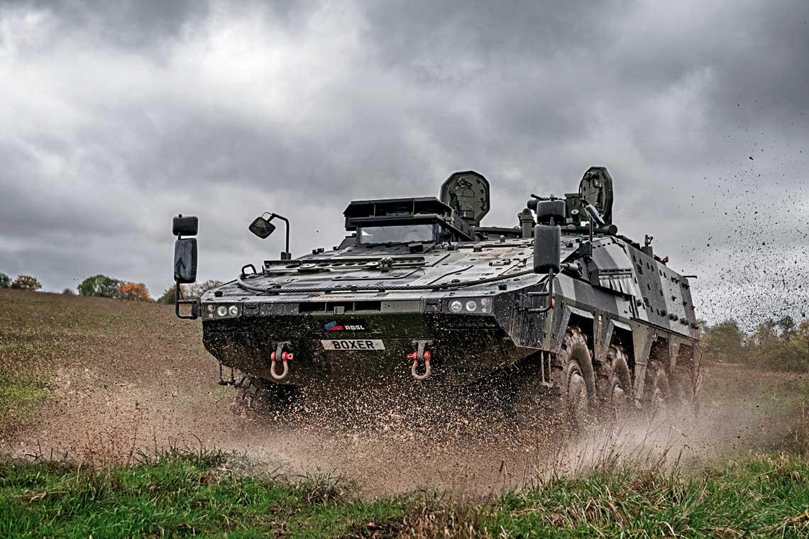 Pierwsze seryjne transportery opancerzone Boxer, zakupione w ramach programu Mechanised Infantry Vehicle, trafią do pododdziałów British Army w 2023 r.