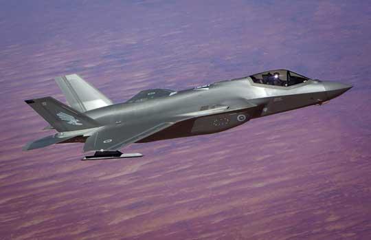 Dostawa F-35A wiąże się z rozbudową infrastruktury informacyjnej. Jednym z takich przedsięwzięć jest połączona sieć zarządzania systemami obrony powietrznej, znana też jako wspólny system zarządzania polem walki i zintegrowany system dowodzenia obroną powietrzną i przeciwrakietową.