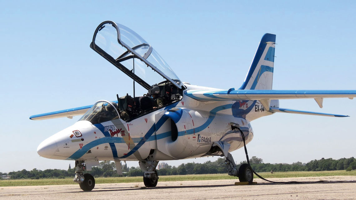 Pampa III to najnowsza wersja rozwojowa samolotu szkolno-treningowego I.A.63 Pampa, skonstruowanego na początku lat 80. przy współpracy z Dornierem. Zastosowano cyfrową awioniką izraelskiej firmy Elbit Systems i ulepszone silniki Honeywell TFE731-40-2N.