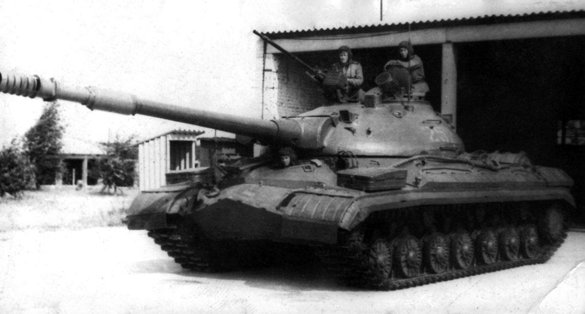 T-10M z 97. szkolnego pułku czołgów w Altengrabow (NRD, 1976 r.).