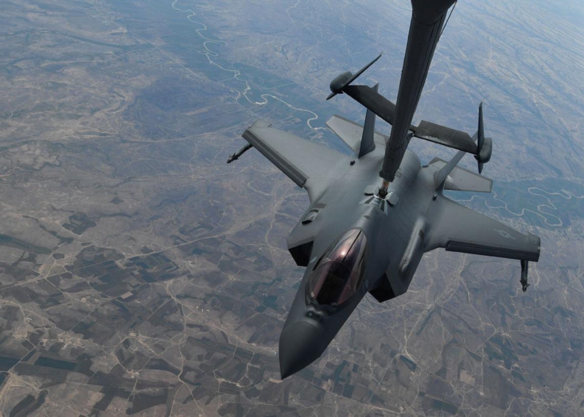 F-35 Lightning II to obecnie najgroźniejszy i najbardziej zdolny do przetrwania myśliwiec świata. Jest to jedyny na świecie samolot myśliwski 5. generacji w pełnoskalowej produkcji.