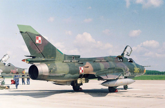 Dostawa samolotów Suchoj Su-22 z ZSRR do Polski została zrealizowana w latach 1984-1988, z roczną przerwą (1987 r.), kiedy to polskie lotnictwo wojskowe nie otrzymało żadnego samolotu tego typu.