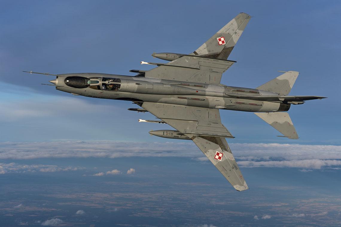 Polska zakupiła 110 samolotów myśliwsko-bombowych Su-22, w tym 90 jednomiejscowych bojowych Su-22M4 i20 dwumiejscowych szkolno-bojowych Su-22UM3K.