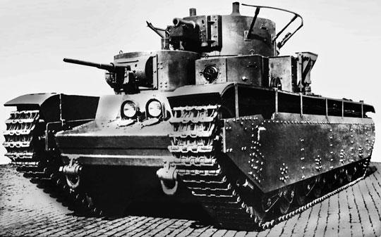 """T-35 – najpotężniejszy czołg lat 30., świadectwo """"pokojowych"""" intencji Związku Sowieckiego."""